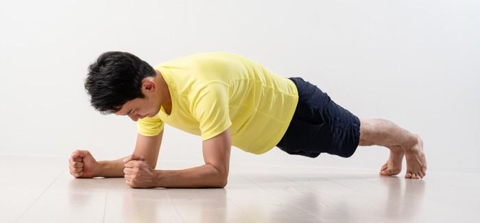 い プランク 腰痛 【ライダー必見!】アメリカン乗りにはプランク【腰痛対策 その参】
